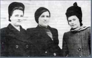 Аманжолова (Кузелева) Евгения Степановна
