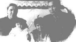 Папа и Мама с Алтын и Алией